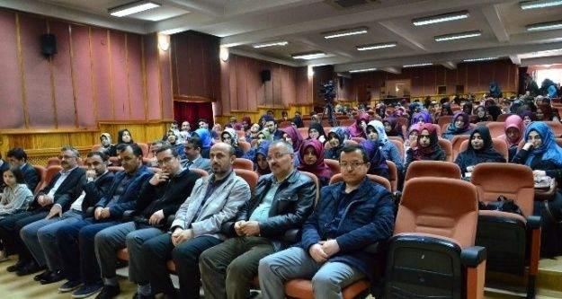 Yrd. Doç. Dr. Gümüşoğlu, Vehabiliği Anlattı