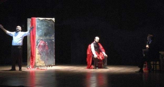 Gaziantep'te Mehmet Akif Ersoy Tiyatro Gösterisi İle Anlatıldı