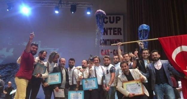Türk Kuaförler Ukrayna'dan 3'üncülükle Döndüler