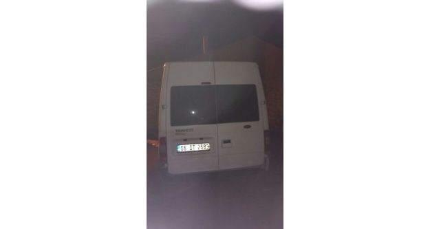 Diyarbakır'da Bomba Yüklü Minibüs Ele Geçirildi