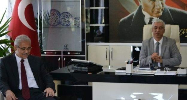Manisa Valisi Mustafa Hakan Güvençer: