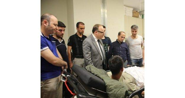Siirt Valisi Tutulmaz, yaralı askeri ziyaret etti