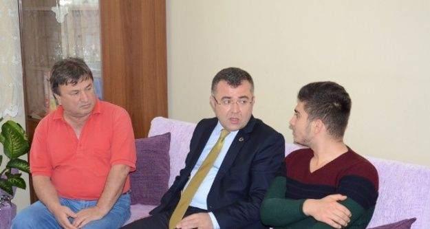 AK Parti İl Başkanı Keskin, Gazi'yi ziyaret etti