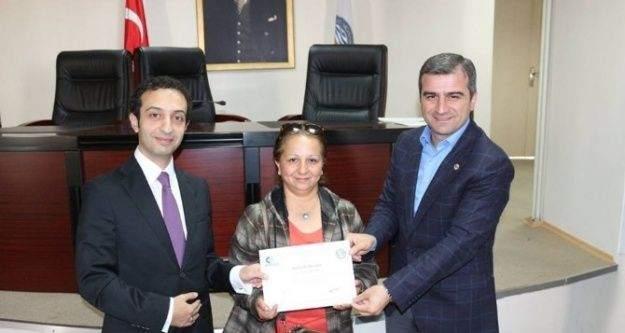 Başkan Yemenici girişimcilere belgelerini verdi