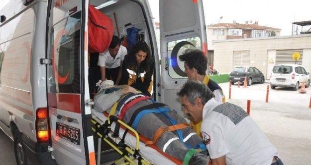 Fabrika çatısından düşen Suriyeli ağır yaralandı