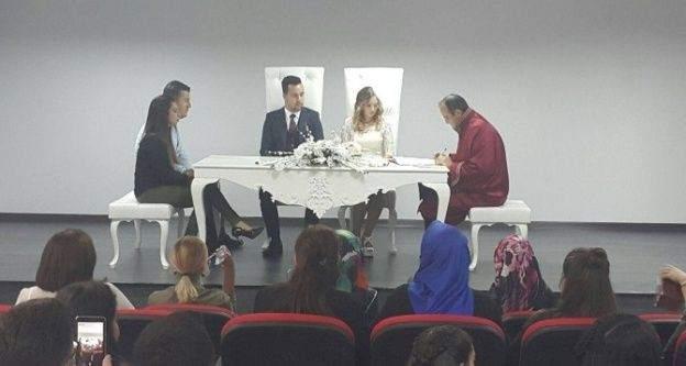 Marmaraereğlisi Gençlik Merkezi'nde nikah işlemleri başladı