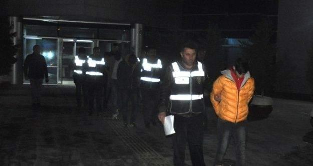 İnegöl'deki gerginlikte 4 tutuklama