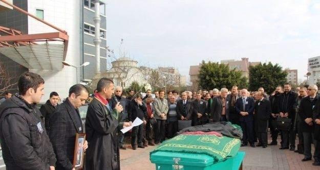 Av. Kaya, Mersin Adalet Sarayı'nda düzenlenen törenle son yolculuğuna uğurlandı