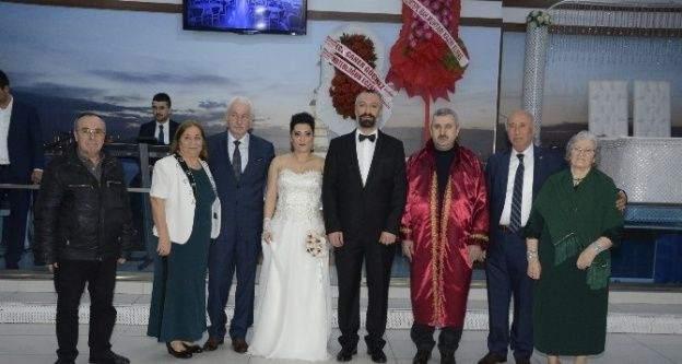 Başkan Baran'dan nikah mesaisi