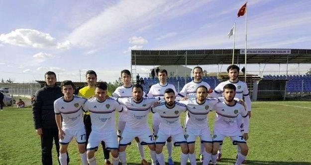 'En yaşlı takım' unvanlı 1966 Malatya Gençlikspor Play-Off'a çok yakın