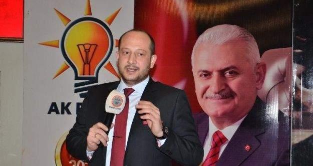 Manisa AK Parti'de Erdem'in istifası istendi