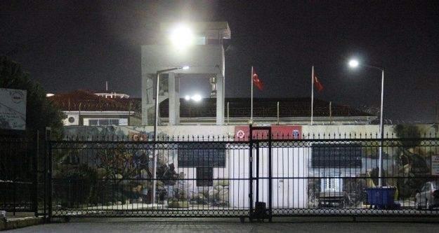 İzmir cezaevinde yangın