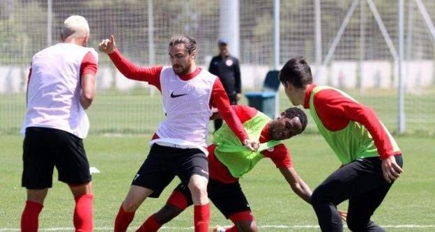 Antalyaspor'da Adanaspor...