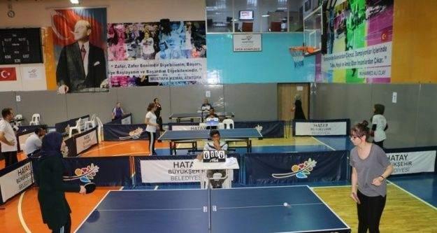 Hatay'da düzenlenen masa tenisi turnuvası sona erdi