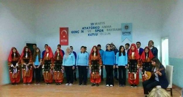 Şaphane'de 19 Mayıs Atatürk'ü Anma ve Gençlik Spor Bayramı kutlamaları