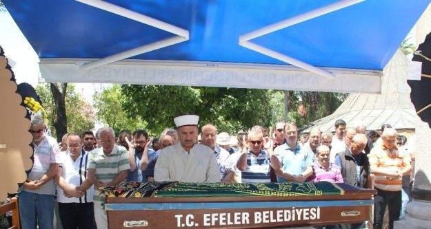 Efeler Belediyesi Basın Müdürü Söylevci'nin kayınvalidesi son yolculuğuna uğurlandı