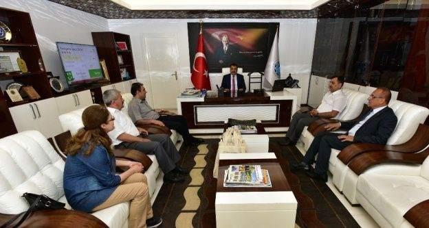 Malatya Çevre ve Şehircilik İl Müdürü Onhan, Başkan Gürkan'ı ziyaret etti