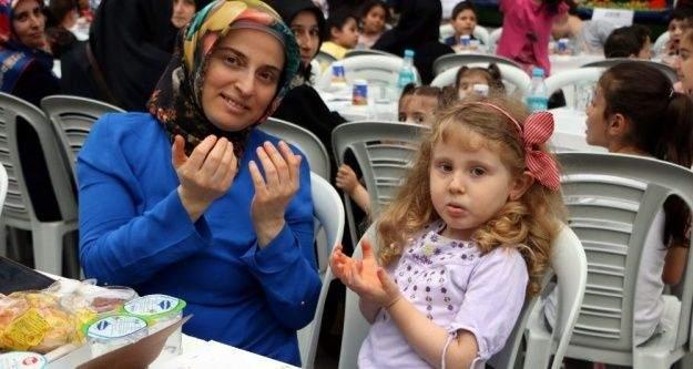 Yeşilpınarlılar dev iftar sofrasında buluştu