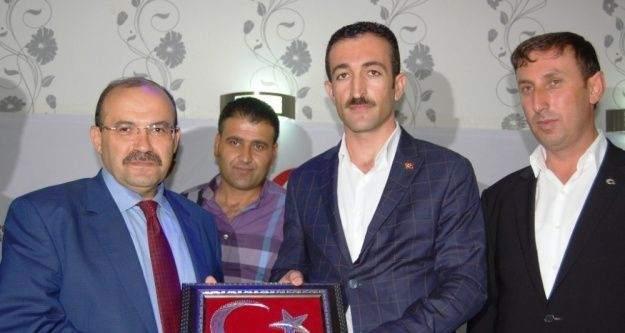 Bitlis'te şehit yakınları ve gaziler akşam yemeğinde bir araya geldi