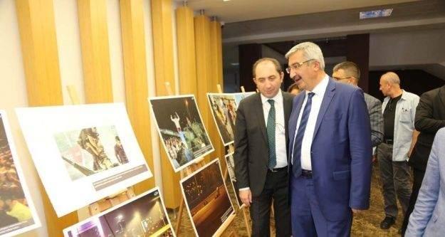 İHA'nın '15 Temmuz Destanı' fotoğraf sergisi Hitit Üniversitesinde açıldı