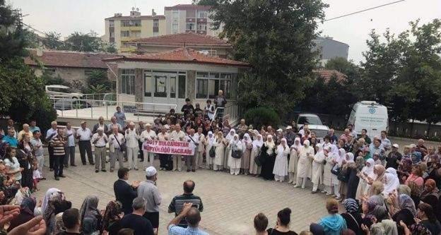 Bulgaristan hacıları Çorlu'dan yolcu edildi