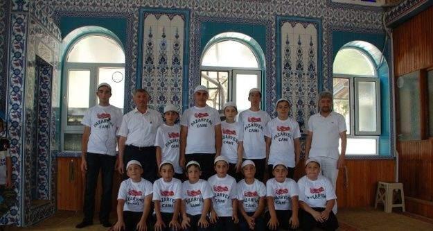 Yaz Kur'an Kursu'nu başarıyla tamamladılar