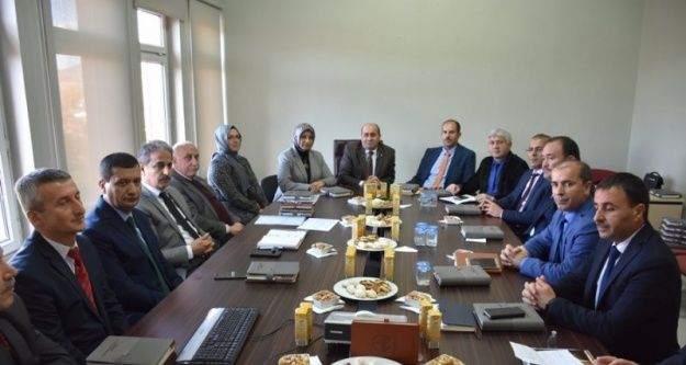 İlçe Milli Eğitim Müdürleri İstişare Toplantısı Yenipazar'da yapıldı