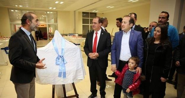 """Vali Ali Hamza Pehlivan, 'Işık Renk Anlam"""" sergisine katıldı"""