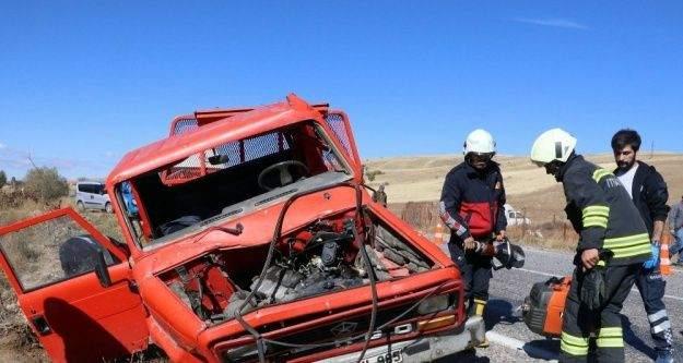 Yozgat'ta beton mikseri ile kamyonet çarpıştı: 1 ölü