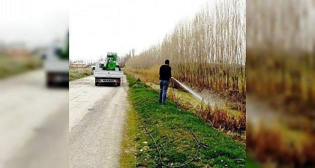 Erciş Belediyesinden sineklerle mücadele çalışması