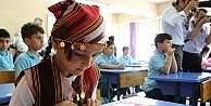 Trabzon'da 140 bin 245 öğrenci karnelerini alarak tatile girdi