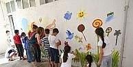 Barış, duvarlara resim oldu