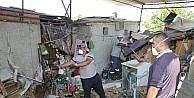 Burhaniye'de çöp ev temizliği