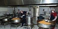 Van'da 2 bin yoksula sıcak yemek