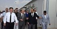 Vali Demirtaş, Suriyeliler için kurulan konteyner kentte incelemede bulundu