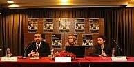 """Nilüfer'de """"Tarih Buluşmaları"""" Zeki Müren ile başladı"""