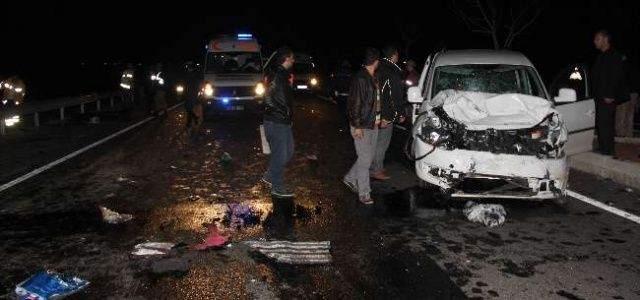 Urfa'da Zincirleme Kaza: 2 ölü, 8 Yaralı